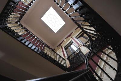 A clarabóia interior é uma caraterística essencial na Arquitetura dos Brasileiros