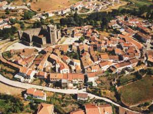 Perímetro da muralha de Sabugal