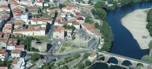 Barcelos Portugal - Vista aérea do rio e ponte antiga