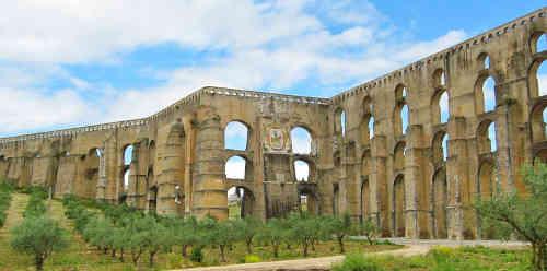 Aqueduto da Amoreira em Elvas