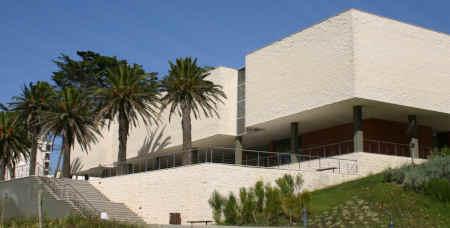 Edifício do Centro de Artes e Espetáculos da Figueira da Foz