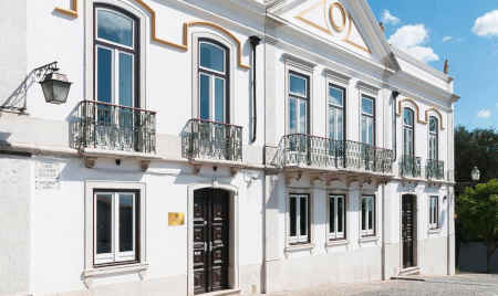 Palacete Real Companhia do Cacau em Montemor-o-Novo