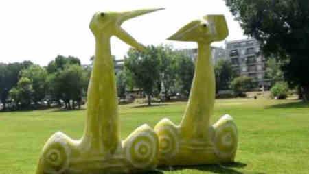 Esculturas curiosas no Parque das Abadias na Figueira da Foz