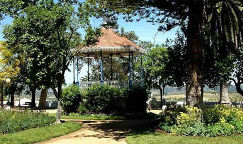 Coreto no Jardim Doutor Santiago, Moura