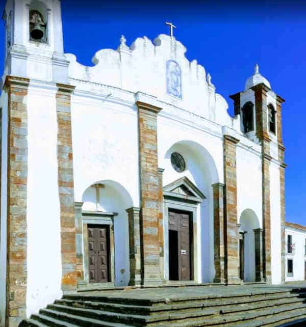 Igreja de Nossa Senhora da Lagoa na Vila de Monsaraz