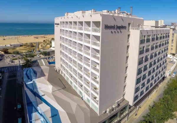 Jupiter Algarve Hotel em Portimão, junto à Praia da Rocha