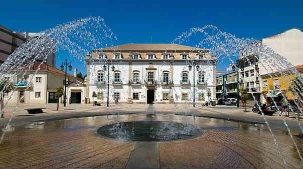 Palácio do Visconde de Bívar, edifício da Câmara Municipal de Portimão