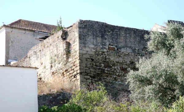 Castelo de Alverca, ou o que resta dele