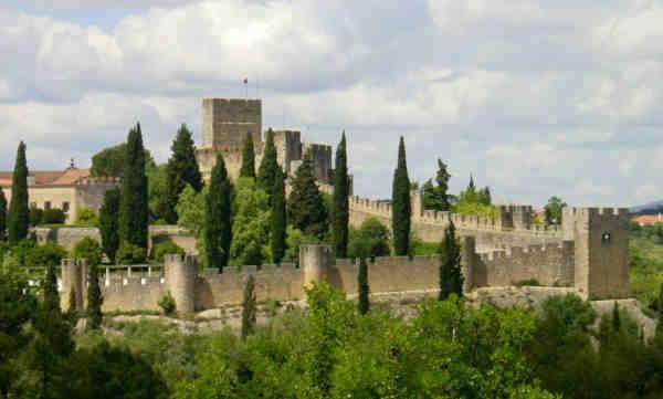 Castelo dos Templários e muralhas