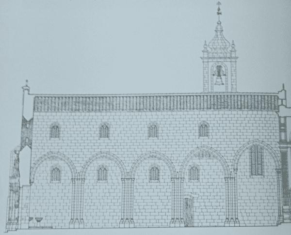 Corte longitudinal da Igreja de São Domingos em Guimarães - arcos quebrados, elevada nave central, janelas de mainel na nave colateral e clerestório.