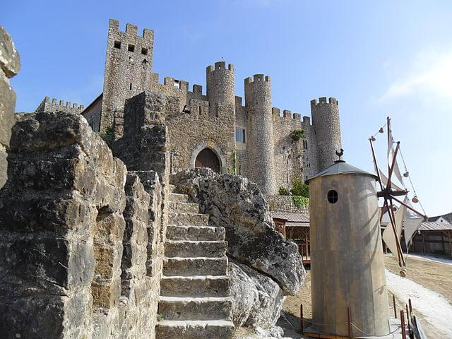 Castelo e o moinho