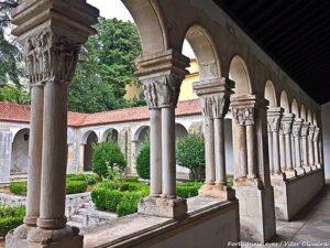 Claustros do Mosteiro de Celas