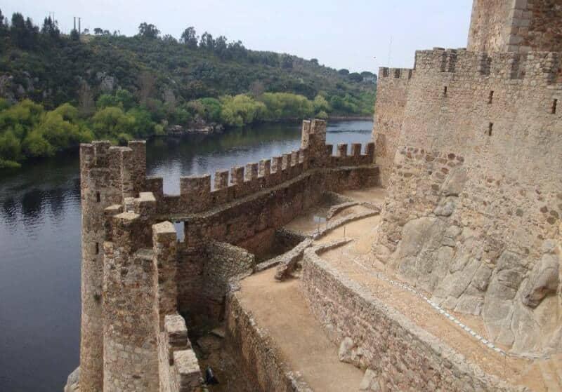 O interior do Castelo de Almourol
