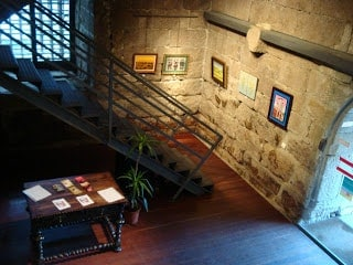 A Torre da Cadeia Velha de Ponte de Lima é o Posto de Turismo da Localidade, acolhendo exposições temporárias.