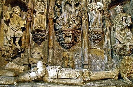 Túmulo de D. Afonso Henriques na Igreja de Santa Cruz