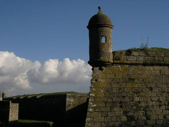 Pormenor das vigias do forte de Santiago da Barra